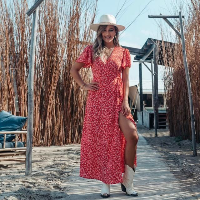 Style up the journey with maxi dress