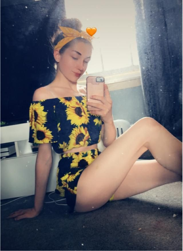 Sunflower Co-ord set.  Absolutely in love with this beautifully fitting sunflower printed co-ord set! My favourite…