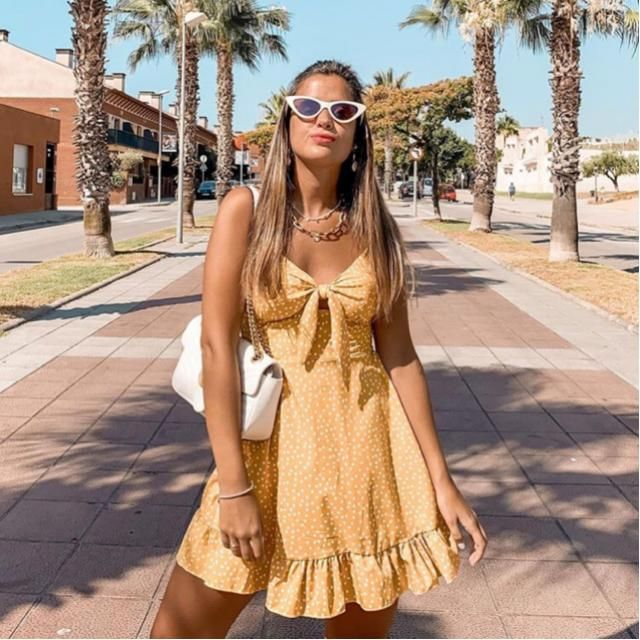 Lets vibe with this yellow dress in LA