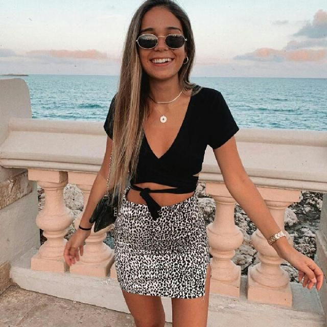 cute and stylish crop wrap tee with leopard skirt