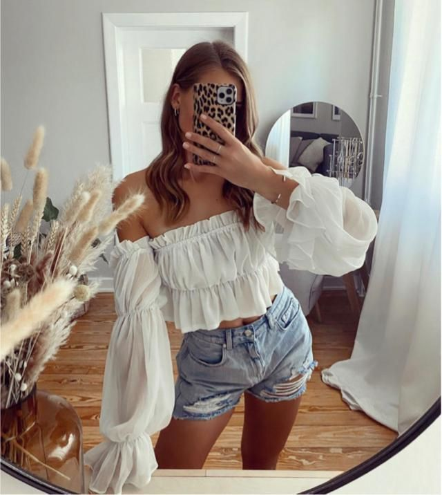 Loving this kind of blouse! It's trendy I believe