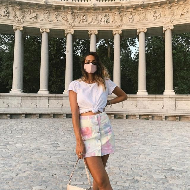 Let's take a quick summer trip and wear cute outfits