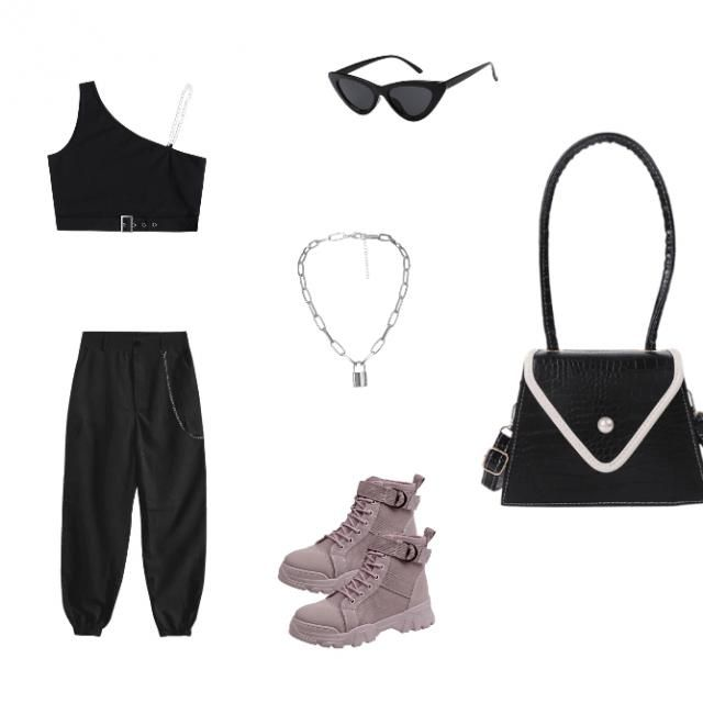 Going for a all black diva look. Spicy and sassy look. Tell me if you like this cause I really love this outfit. And…