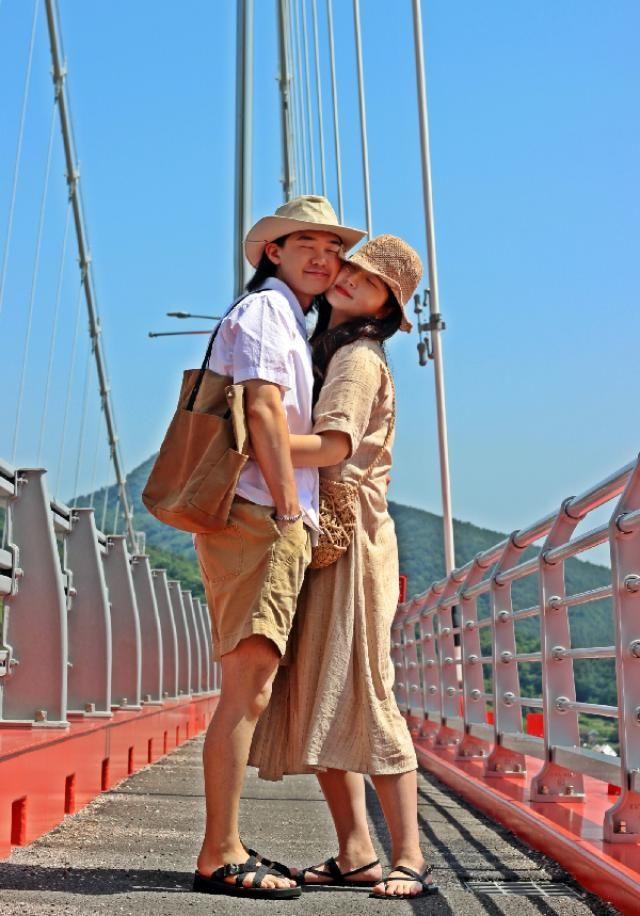 summer couple fashion  insta: bb_stg