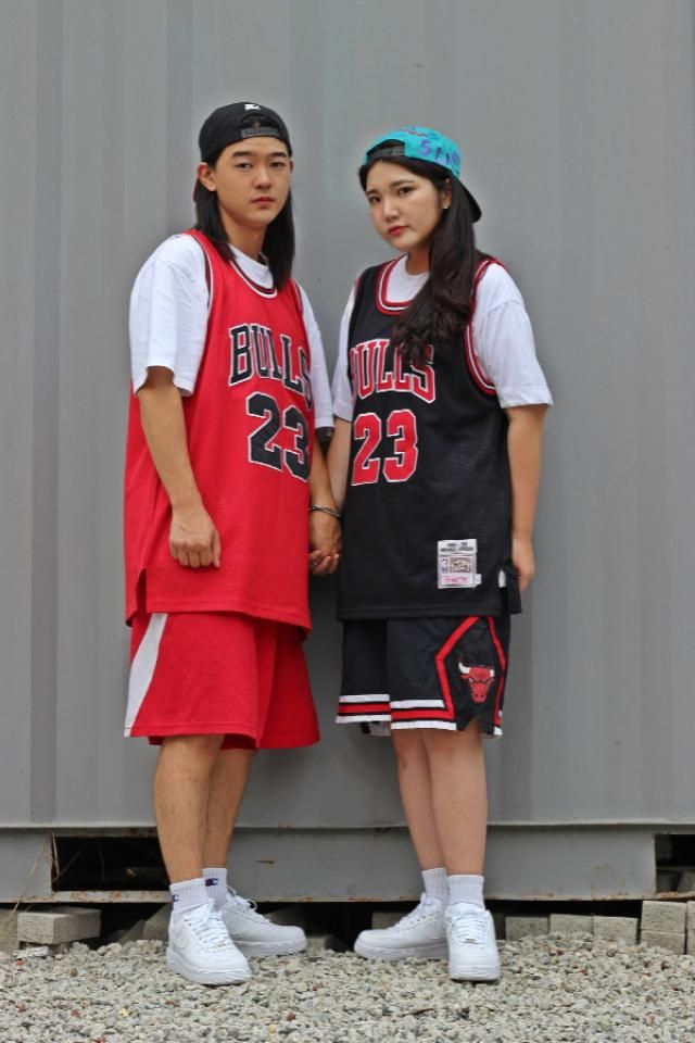 Chicago bulls couple look    instagram: bb_stg ☜ follow Korea model