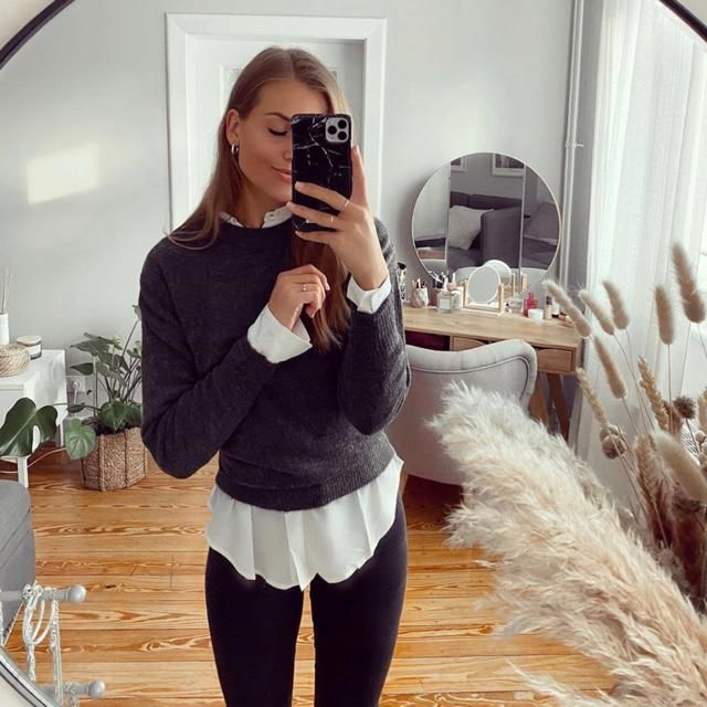 Mirror mirror on the wall, does this outfit look gorgeous?