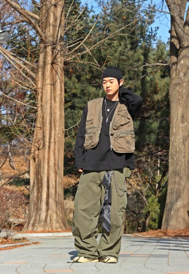 Hunting vest fashion    instagram: bb_stg ☜ Korea model