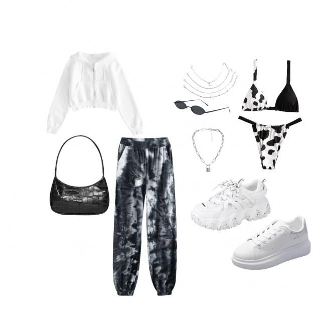 black and white vibes😍