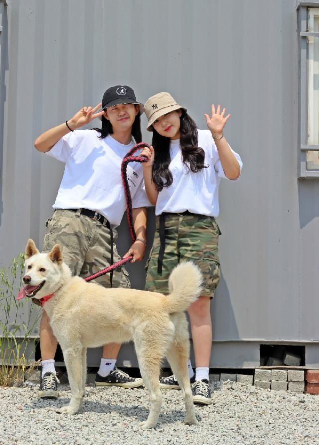 camoflage pants couple fashion    instagram: bb_stg ☜ Korea model follow