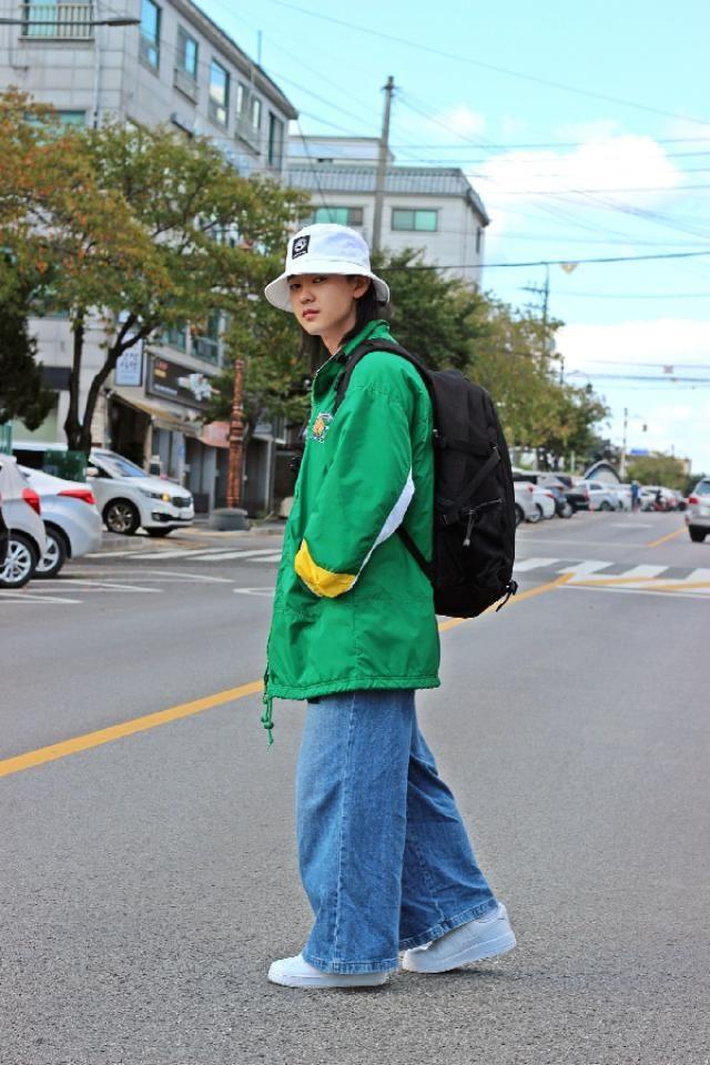 Nike oldschool fashion     instagram: bb_stg ☜ Fashion artist