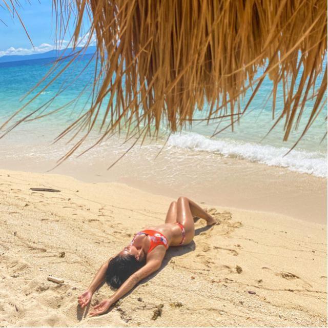 I'm a better person when I'm in a bikini 🤷🏽♀️