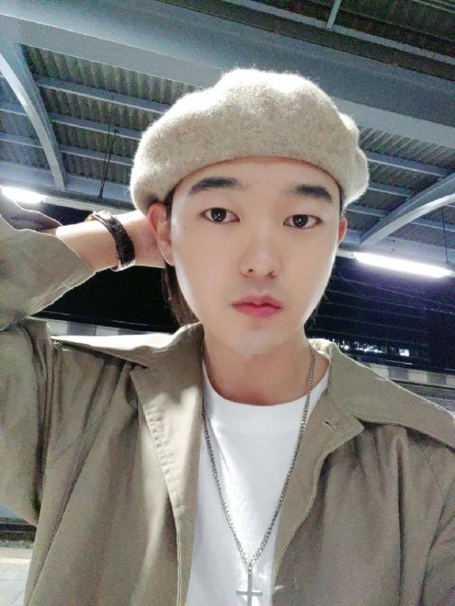 beret style     instagram: bb_stg ☜ Korea model