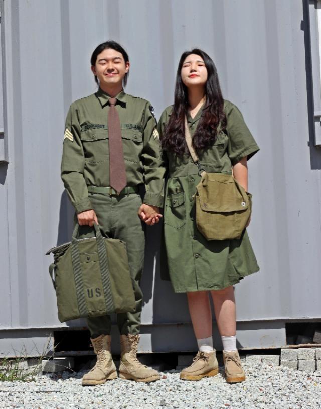 Military fashion    instagram: bb_stg ☜ fashion blog