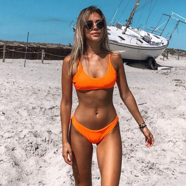 Just a pic with orange bikini to remind you of last summer