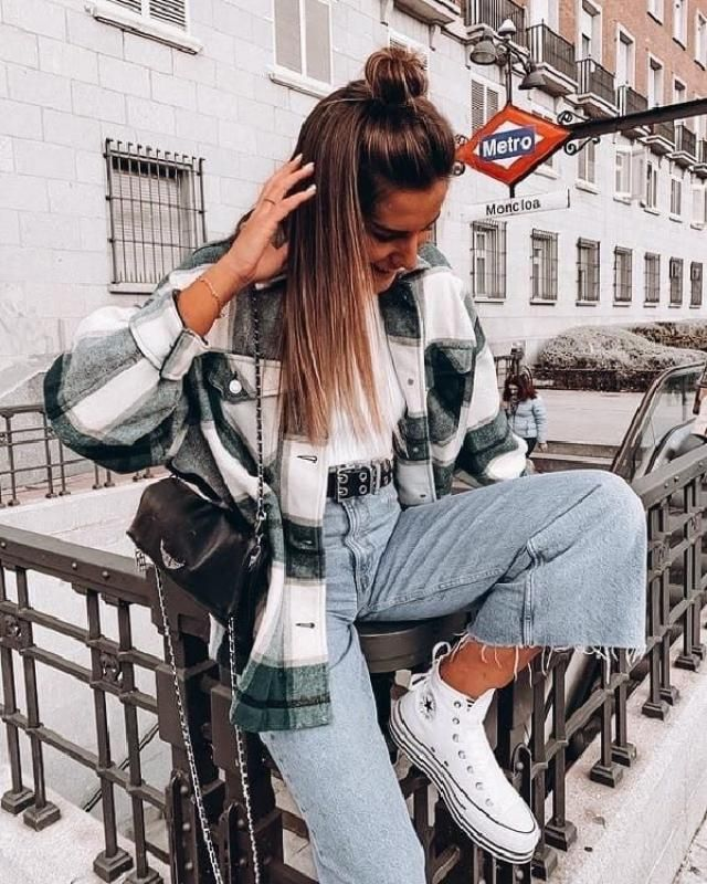 Unbutton your plaid shirt and wear it open over your outfit to look chic. Boyfriend jeans, white converse &a…