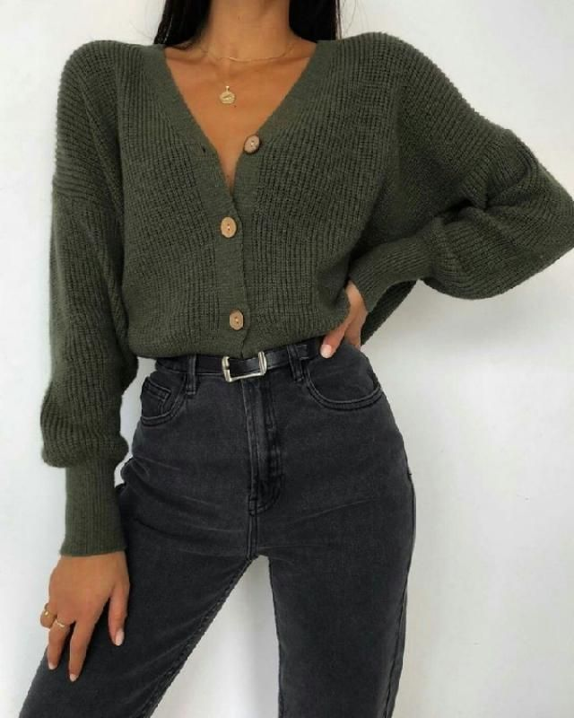 This cute simple outfit can help you speed the process along, the next time you get dressed up. ♡