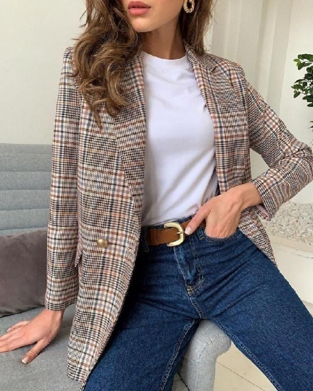 A glen check blazer is very trendy among fashion designers. It is an ultra chic clothing item that has proven its …
