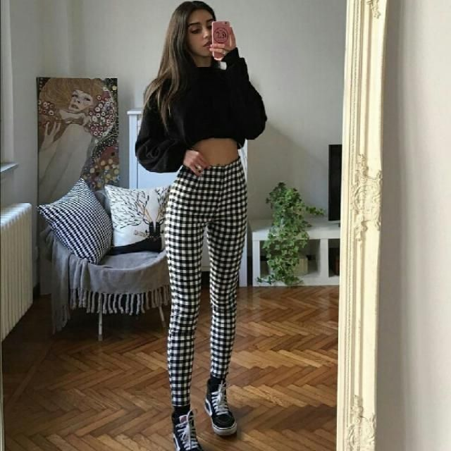 i am in love with this beautiful gingham pants, they look gorgeous