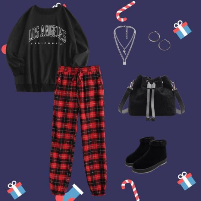 Waking up on Christmas morning outfit! 🎄