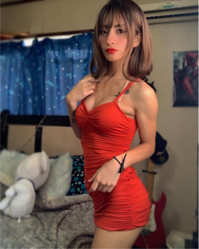 J'aime vraiment les robes rouges 💃🏻✨