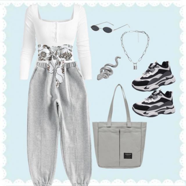 Grey ☁️🤍