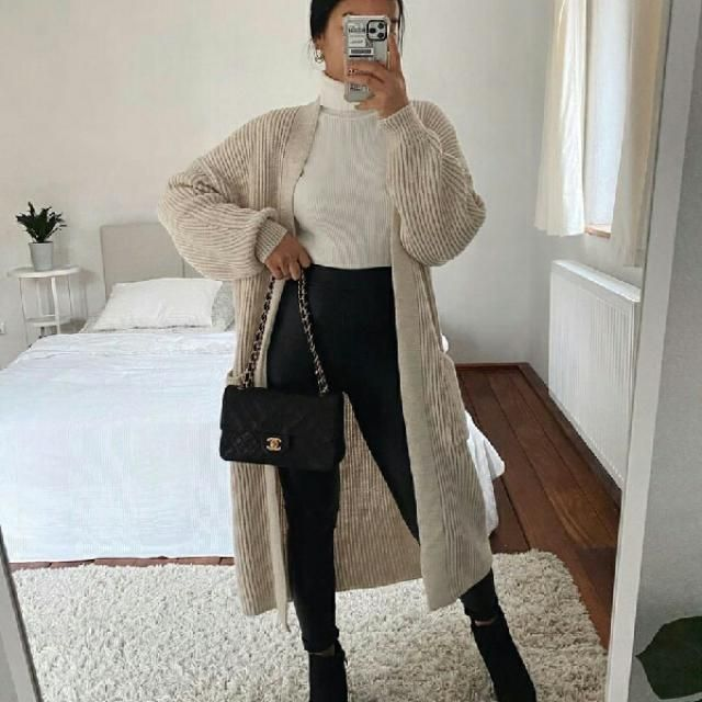 long cardigan with turtleneck sweater and black skinny jeans