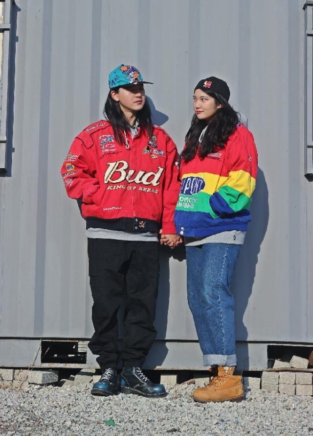 Racing jacket couple look  instagram: bb_stg