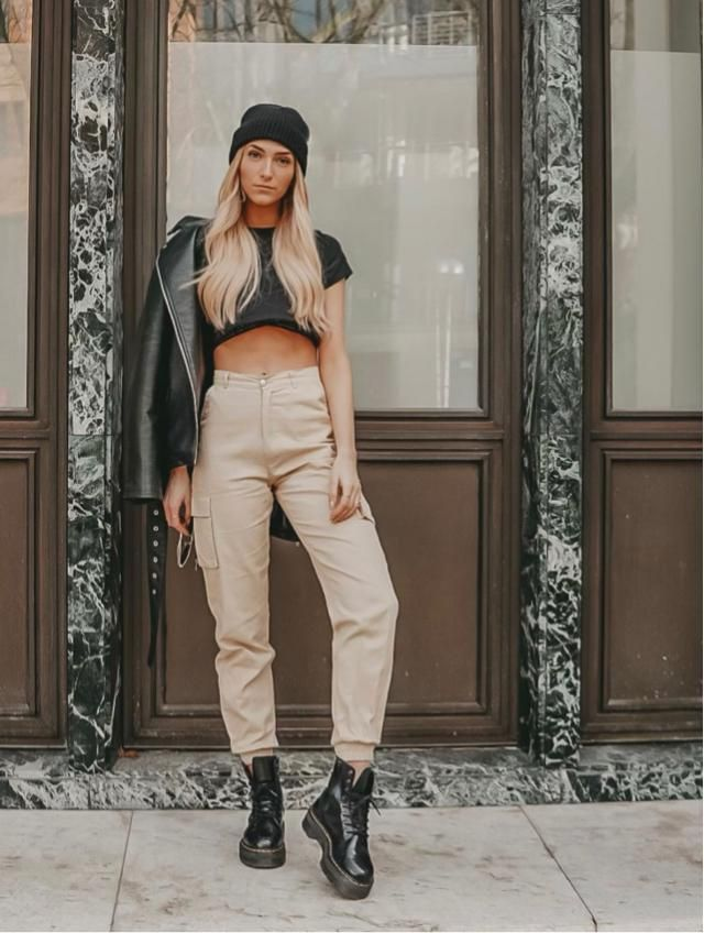 Pants and crop top is ordinary, to be extraordinary lets add an leather jacket hehe