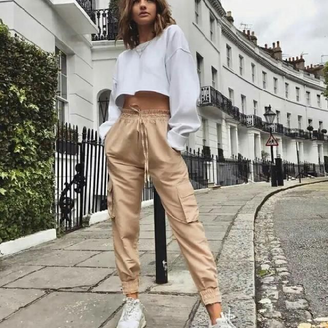 I love this street style casual cool look    # sweatpants