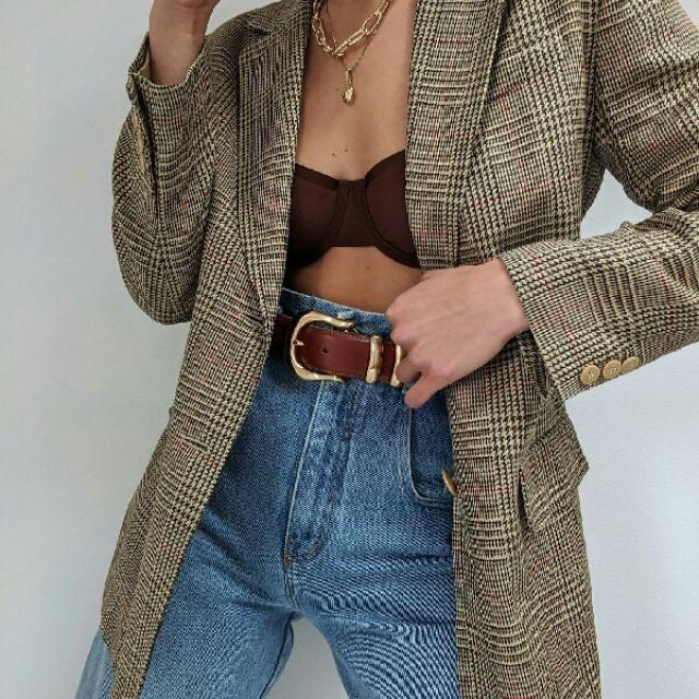 I love this plaid long blazer