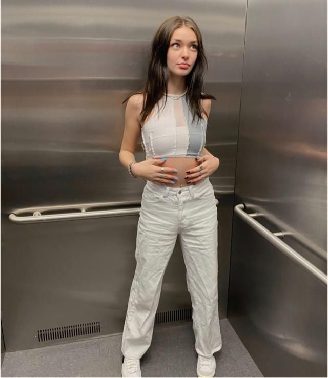 When you're bored in the lift and always ready for pictures
