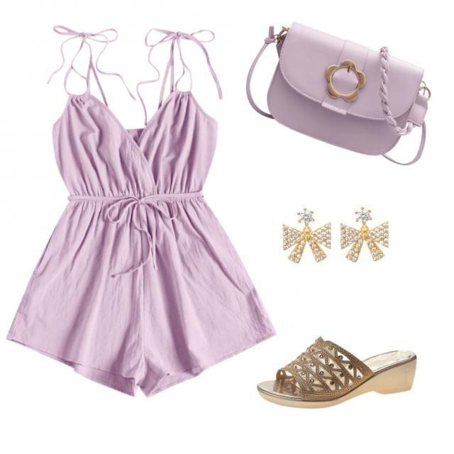 Os traigo este outfit con este color tan bonito que le hace único y especial, para salir una noche de verano.     …