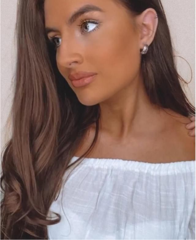 Love these earrings 🥰