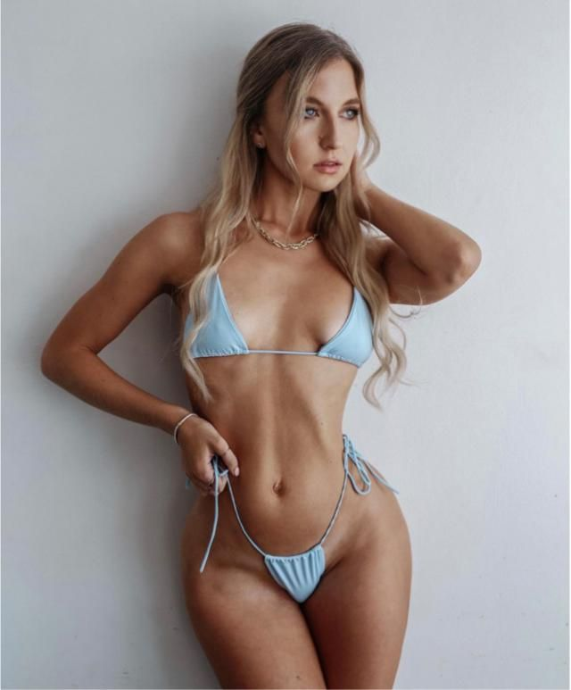 This blue bikini is perfect for the beach day out