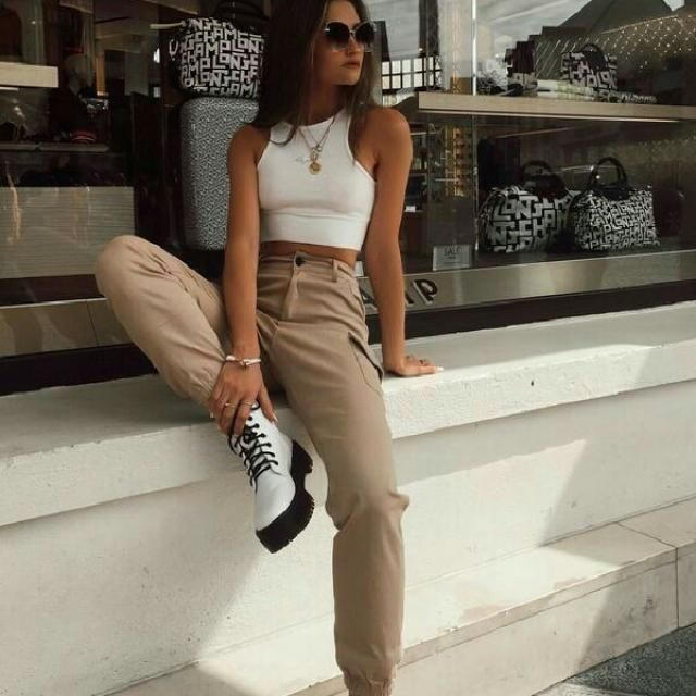 for a cool everyday look try this crop top with khaki pants