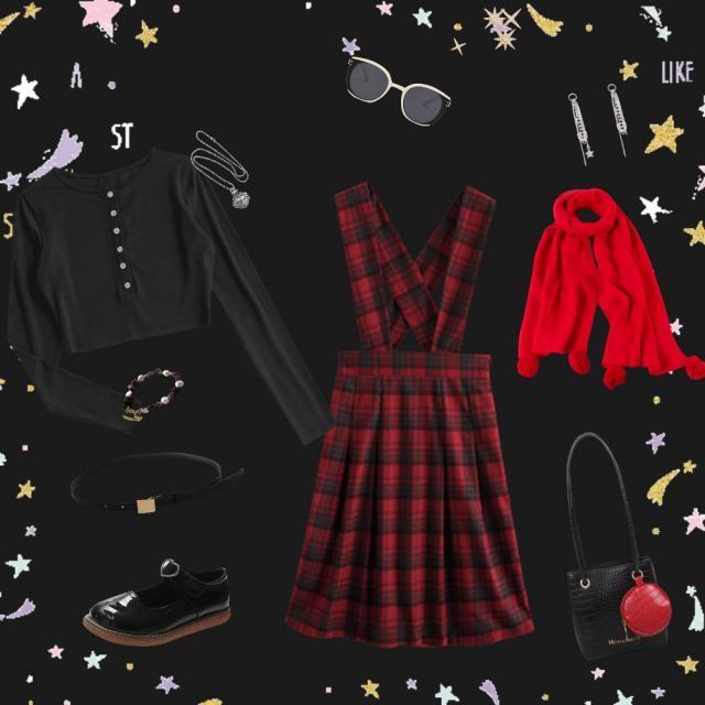 discreto ma originale , elegante ma sbarazzino, natalizio ma con un pizzico di malizia....la mia idea di  🎀🌠🎁🎄❤️🤍🖤❇️…